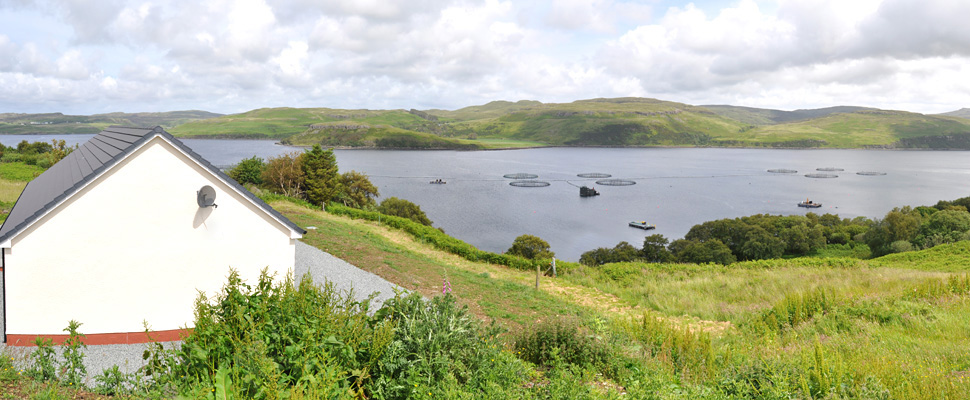 Shorefield Cottage - accommodation for six people on the shores of Loch Harport, Isle of Skye.